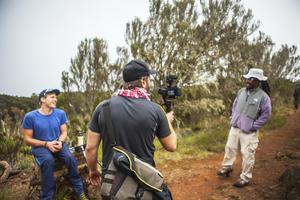 På väg upp på Kilimanjaro.