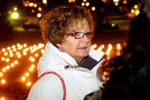 Kvinnojourens Stöttans ordförande Anette Svedberg har inget bra recept på hur man kan minska våldet mot kvinnor, men samhället måste börja ta tag i frågan, menar hon.