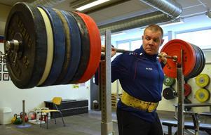 Om det blir någon fortsättning med styrkelyftskarriären låter Jesper Claesson vara osagt.