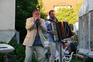 Janne Åström och Bengan Jansson underhöll.