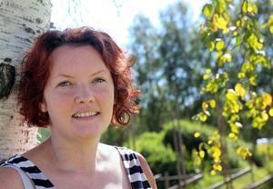 Jenny Hansen hoppas på många besökare under lördagen vid Pridefestivalen på Hedeparken.