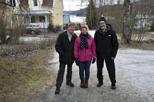 Kent-Åke Enström, Monika Svanberg och Karl-Anders Nordström har kämpat länge för bussförbindelserna efter E4 i Höga kusten – och nu har kollektivtrafikmyndigheten lyssnat.