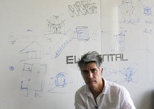 Den chilenske arkitekten Alejandro Aravena tilldelas årets Pritzker-pris, ett av arkitekturens mest prestigefyllda internationella priser.