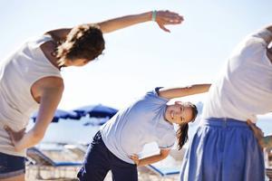 Resenärer vill alltmer att lata stunder i solstolen ska varvas med träning och diverse aktiviteter.