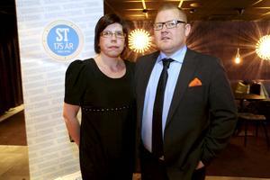 Chefredaktör Anders Ingvarsson avslöjade att fru Veronica varit delaktig i festförberedelserna.