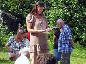 Helene Öien, närmast i bild, har varit ordförande i byalaget i tre år.