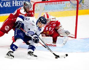 Jens Bergenström svarade för en vacker framspelning till Pär Edblom som satte 4–2, det matchvinnande målet mot Troja på torsdagen.
