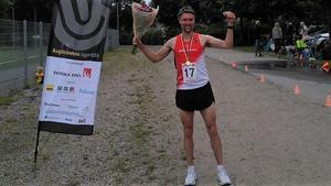 Mattias Gärdsback, Hemlingby LK, sprang in som SM-trea i Borås. I september väntar nästa utmaning – över 24 timmar: