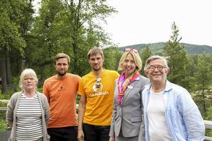 Lena Michelson, Anders Malmberg, Dennis Malmberg, Helene Åkerström Hartman och Staffan Michelson.