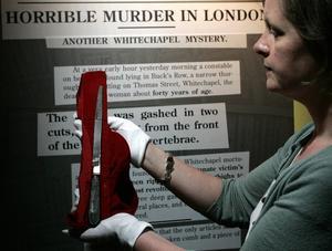 Det här är kniven som Jack the Ripper kan ha använt. Den finns på ett museum i London.