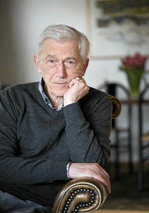 Theodor Kallifatides har jobbat hårt för att övervinna Sverige.