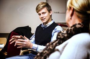 Örnsköldsviks Christer Björkman, Robin Hörnkvist, ska genomföra en Äldregala.