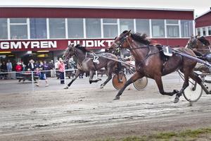 Tomas Persson och Loveletter.