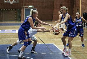 Jessica Babe var Östersunds klart bästa spelare. USA-guarden satte 15 poäng och tog 8 returer.