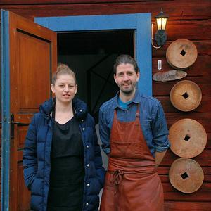 – Det här är ett stycke svensk historia, tycker makarna Bjurenstedt om Solgårdskrogen.
