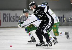 SAIK-anfallaren Patrik Nilsson är svårfångad för motståndarna.