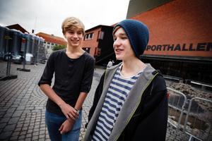 Oscar Wadman, 15, från Ytterån, och Jonathan Fjällström, 16, från Åre, äter inte så mycket godis och de är noga med att borsta tänderna.
