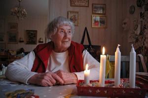 FIRA JUL. Maiken Arvidsson, 91, vill åka riksfärdtjänst till Bälinge för att fira jul med sin dotter - men Älvkarleby kommun har gett henne avslag.
