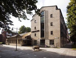 Kyrkans hus – kontor och samlingslokaler.