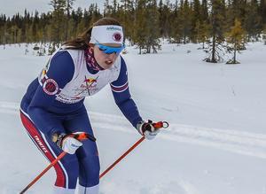 Olivia Hansson tog fjärde raka topp fyra- och andra raka pallplatsen i Nordenskiöldsloppet. Fotograf: Richard Ström