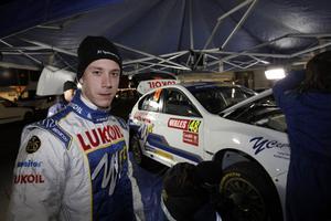 Patrik Flodin vann 14 av 20 specialsträckor i Rally Wales.