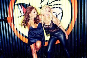 Denise Lopez och Jennifer Love bildar duon Catfight.