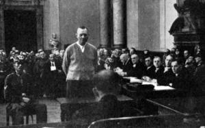 DÖDSDÖMD. Generalen Erich Höpner var en av männen bakom attentatet mot Hitler 20 juli 1944. Han dömdes till döden och avrättas några veckor senare, praktiskt taget mitt framför ögonen på Sven Hagman.