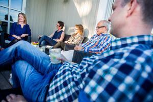 Helena Höijer, Ulrika Nordahl, Lena Olsson, Lars Olsson och Daniel Nordahl gillar matstafetten, mest för att det är ett bra tillfälle att umgås med kända och okända.