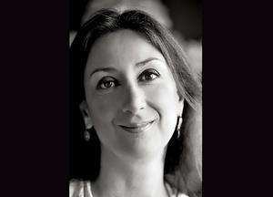 Daphne Caruana Galizia blev 53 år. (Bilden från The Malta Independent via AP)