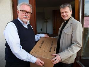 I mars tog Niklas Lång, till höger, över som kyrkoherde i Norrbärke efter Willy Ekström. Samtidigt flyttade församlingens hela verksamhet in i sitt nya hus på Prästavägen, som tidigare varit möbelbutik.