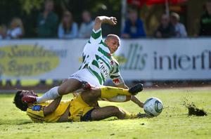 VSK Fotboll mötte Ängelholm FF borta på söndagseftermiddagen.