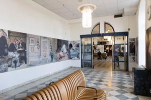Nationalmuseum ställer ut reproduktioner av sin konst på Norrköpings centralstation.