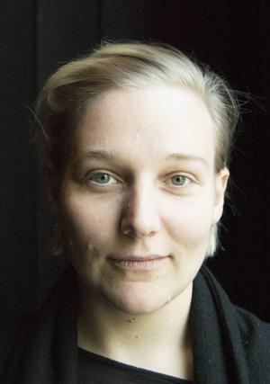 Marie Moberg gör sin andra scenografi för Estrad norr.