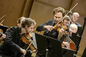 Christian Svarfvar spelade Brahms violinkonsert.