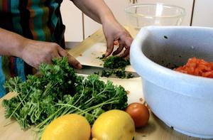 Grönsaker är en viktig ingrediens. Maten blir nyttig men också färgglad.