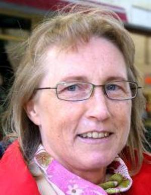 Kerstin Landy, 49 år, Nälden:– Nej, jag har aldrig tänkt så. Jag är ett Sverigefan. Men det kanske skulle vara nyttigt att jobba ett tag  utomlands.