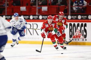 Kristian Jakobsson gjorde sin sista match med Mora i Globen mot Leksand. Nu har han lämnat laget.