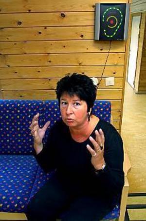 Arkivbild Blandade känslor. Maude Wiklund-Andersson slutar som rektor för Murgårdsskolan F-5 den första augusti. I stället blir hon rektor för Västanbyn och Sandbacka. Hennes känslor efter beslutet att rädda Murgårdsskolan på bekostnad av Sandbackaskolan är blandade.