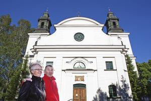 Ockelboborna Louise och Zoltan Horvath firade sin förlovningsdag med konserten.– Vi har abonnemangsbiljett och är vana vid att åka in till Gävle varje gång. Nu räckte det med en promenad på några hundra meter.