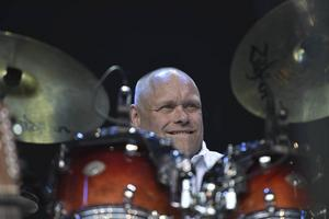 Micke Holmsten, trummis i Holmsten Trio.