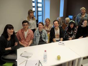 Gruppen som vill sprida FI:s politiska budskap. Längst till vänster initiativtagaren Tina Smith Hellström.