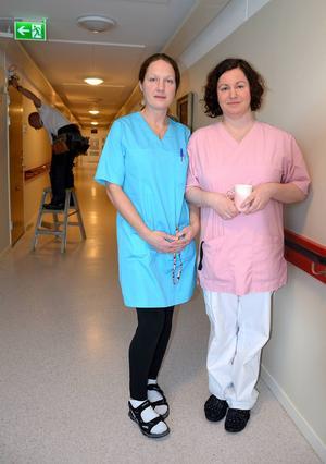 Jenny Johansson och Jennie Sjödin känner sig trygga med de brandskyddsåtgärder som vidtagits. Båda var med då det brann den 25 november 2013.