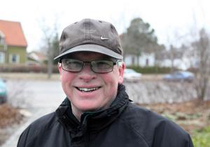 Bengt Hult, pensionär,64 år, Gävle:– Tre gånger om dagen är jag ute med hunden – så hunden är min friskvårdscoach. Jag har tappat nio kilo i vikt sedan jag skaffade hund för tre år sedan.