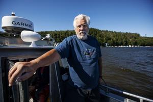 Hans Kautsky säger att han är för vattenbruk, men mot fiskodling av rovfisk i öppna havet.