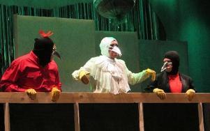 Fåglarna dök upp och pep om alla skulder och underlag som drabbat många i kommunen.