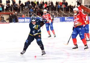 Jesper Jacobsson blev tvåmålsskytt mot Västanfors.