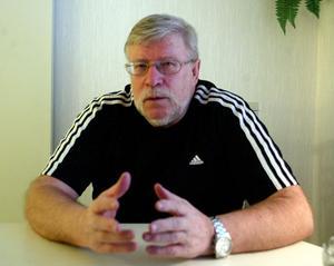 Lasse Nyström ska med sin kunskap och rutin under två år hjälpa Bollnäsfotbollen framåt.