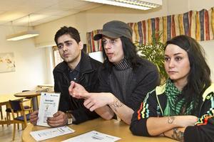 Hunar Azad, Valle Grehn och Fridah-Pauline Edin drabbas hårt av Arbetsförmedlingens beslut. Praktikplatser och jobbmöjligheter går om intet.