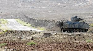 En turkisk stridsvagn nära gränsen till Syrien.