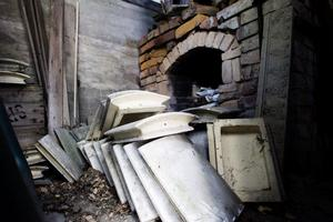 Än i dag finns ugnen kvar där plattorna till kakelugnarna fick sitt ytskikt.